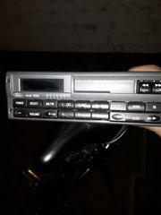 FORD CASSETTE RADIO MIT CODE