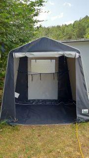 Camping- Gerätezelt