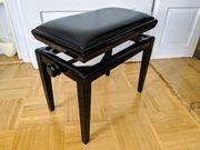 Eleganter Klavierstuhl