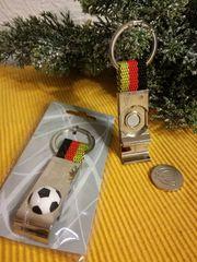 Schlüsselanhänger Fußball 2 in 1