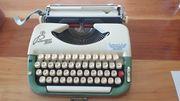 Schreibmaschine Princess 300 mit Koffer -