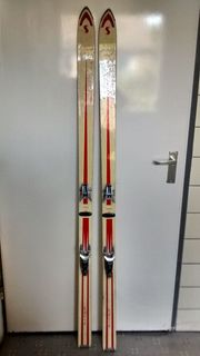 Zum verkauf ein paar ski