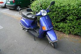 Piaggio, Vespa, APE Roller - Vespa Cosa 200