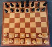 Schachspiel für Jung und Alt