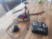 Helicopter und Drohnen