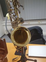 Yamaha YAS-25 Saxophone with great