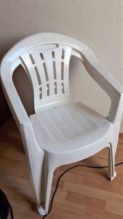 zu verschenken Balkonstühle weiß Plastik