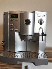 Kaffeevollautomat Jura S-95 in Silber