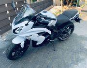 Kawasaki Erf6 weiß Modell 2015