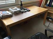 Schreibtische Regale für Lagerraum Sofa