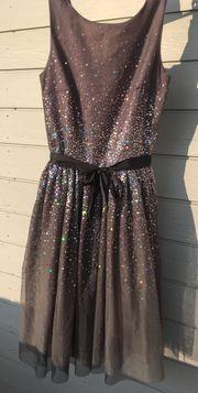 Kleid Gr 170