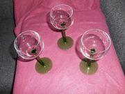 3 alte hohe Weingläser antik
