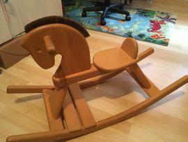 Holzspielzeug - Schaukelpferd aus Massivholz