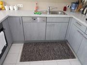 Küche mit E Geräten zu
