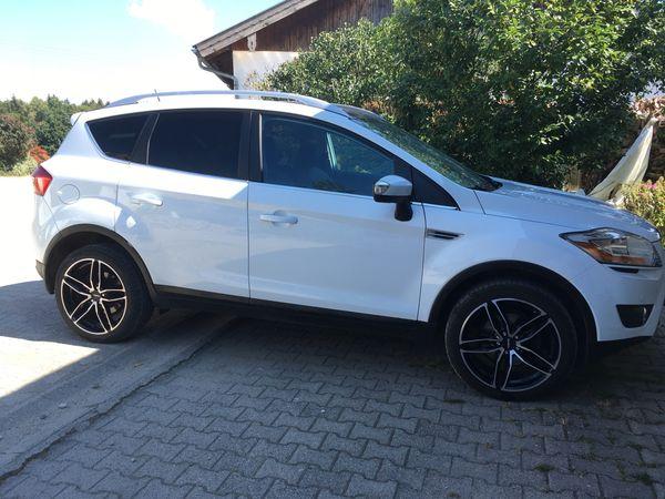 Ford Kuga Sonderedition White Magic