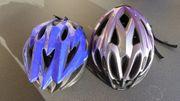 2 neuwertige Fahrradhelme mittlerer Grösse