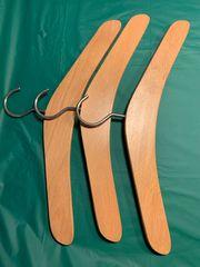 Kleiderbügel aus Holz Eiche 3