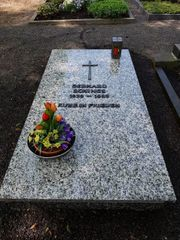 Grabplatte zu verschenken