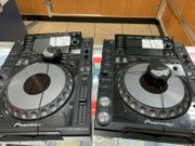 2Pioneer CDJ-2000Nexus Professional Digital Multi