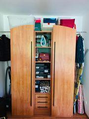 Kleiderschrank - 2 Türen Mittelfächer