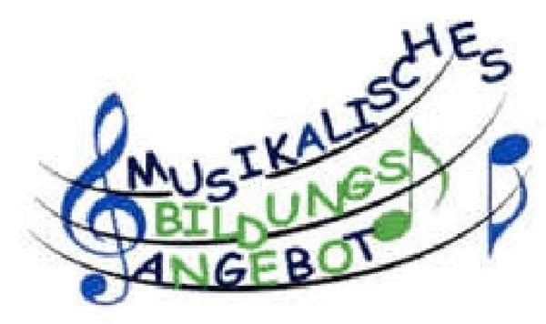 Zu verschenken Akkordeon - Melodica - Flöten -