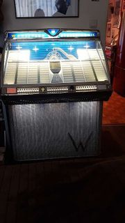 Original Wurlitzer 2300 Jukebox