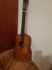 Alte Juwel Gitarre aus der