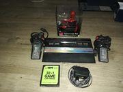 Atari 2600 mit Controllern