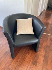 Sessel aus Kunstleder
