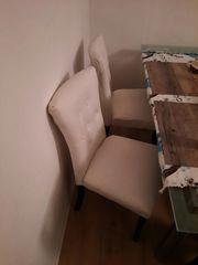 Glastisch mit 5 Stühlen