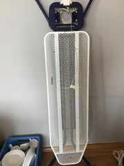 Breites Bügelbrett Dampfbügeltisch mit Steckdose