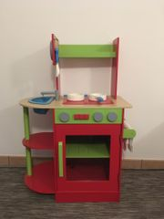 Kinderküche aus Holz zum Spielen