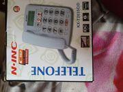 Rentner Telefon mit großer Tastatur