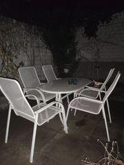 Gartentisch mit 5 Stühle