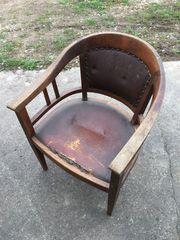 Biete alten Stuhl von meiner