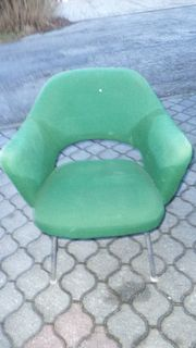 Retro Stuhl - grüner Stoffbezug
