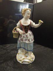 Meissen Shwerter Gärtnerkind-Blumenmädchen Figur 60321