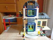 Spielzeug Playmobil Cityhaus mit Polizeizentrale