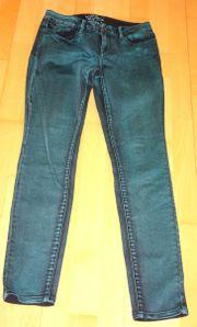 tolle dunkelgrüne Jeans Esprit Medium