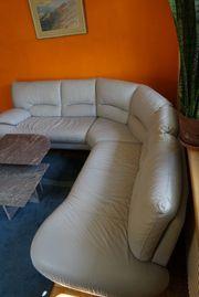 Wohnzimmereinrichtung Leder Tisch Granit Teppich