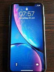 Iphone XR blau mit Zubehör