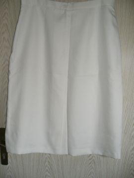 Damenbekleidung - wollweißer Rock Gr 50