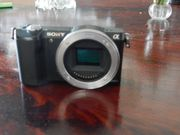 Kamera Sony alfa 5000 body