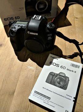 Canon EOS 6D Mark II 26.2MP Digitale SLR-Kamera - Schwarz.