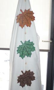 Handarbeit aus Holz Herbstdeko Blätter