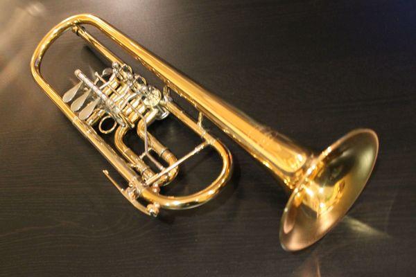 Kühnl Hoyer Konzert - Trompete Orchestra