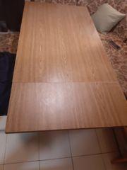 Küchentisch aus Holz