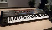 Synthesizer - Keyboard ROLAND JUNO 106