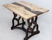 Epoxy Eichentisch Oak table with