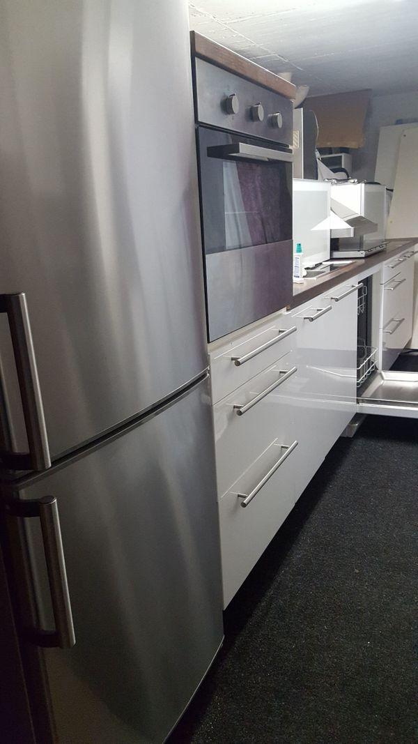 Komplette Ikea Küche mit allen Geräten !! in München - Küchenzeilen ...